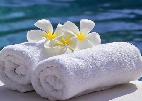Premium bath towel for hotel